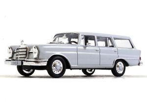Mercedes-Benz-230S-W111-Universal-ano-1967-Diecast-Escala-1-43-Modelo-Coleccionable
