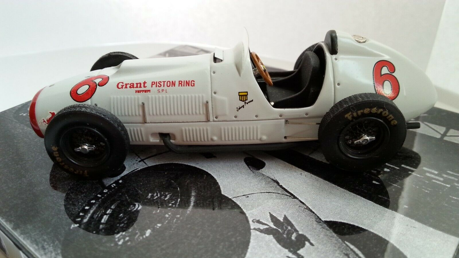 Ferrari Heco 375 Indy 1952 Grant Piston RARE Comme neuf condition factory built Model