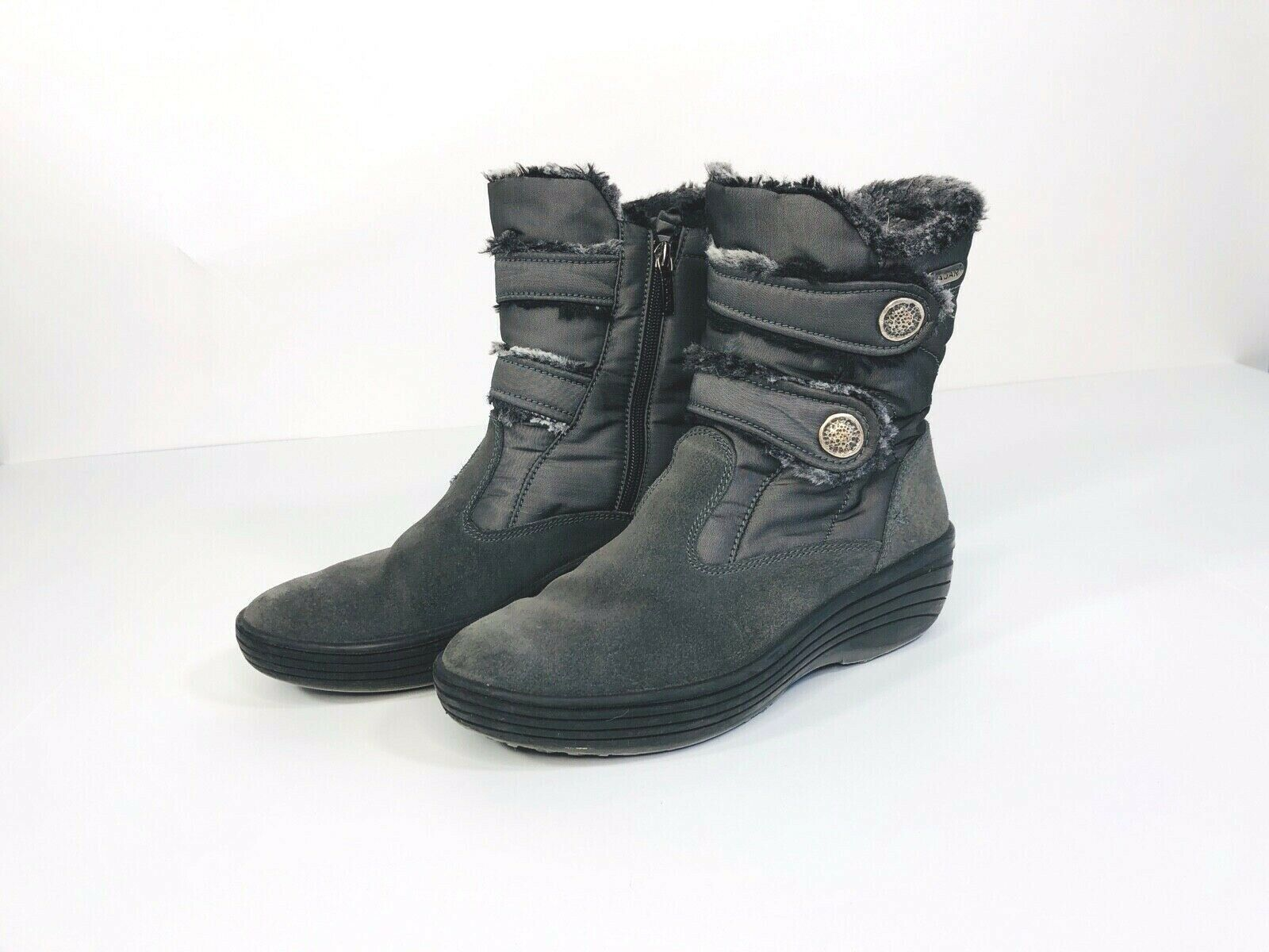 Pajar womens grey with silver button winter boots size 40