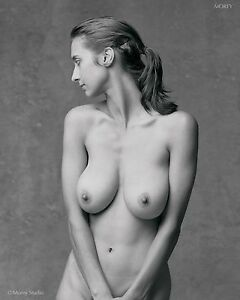 Black-amp-White-Fine-Art-Nude-signed-8-5x11-photo-by-Craig-Morey-Natalie-81108-08