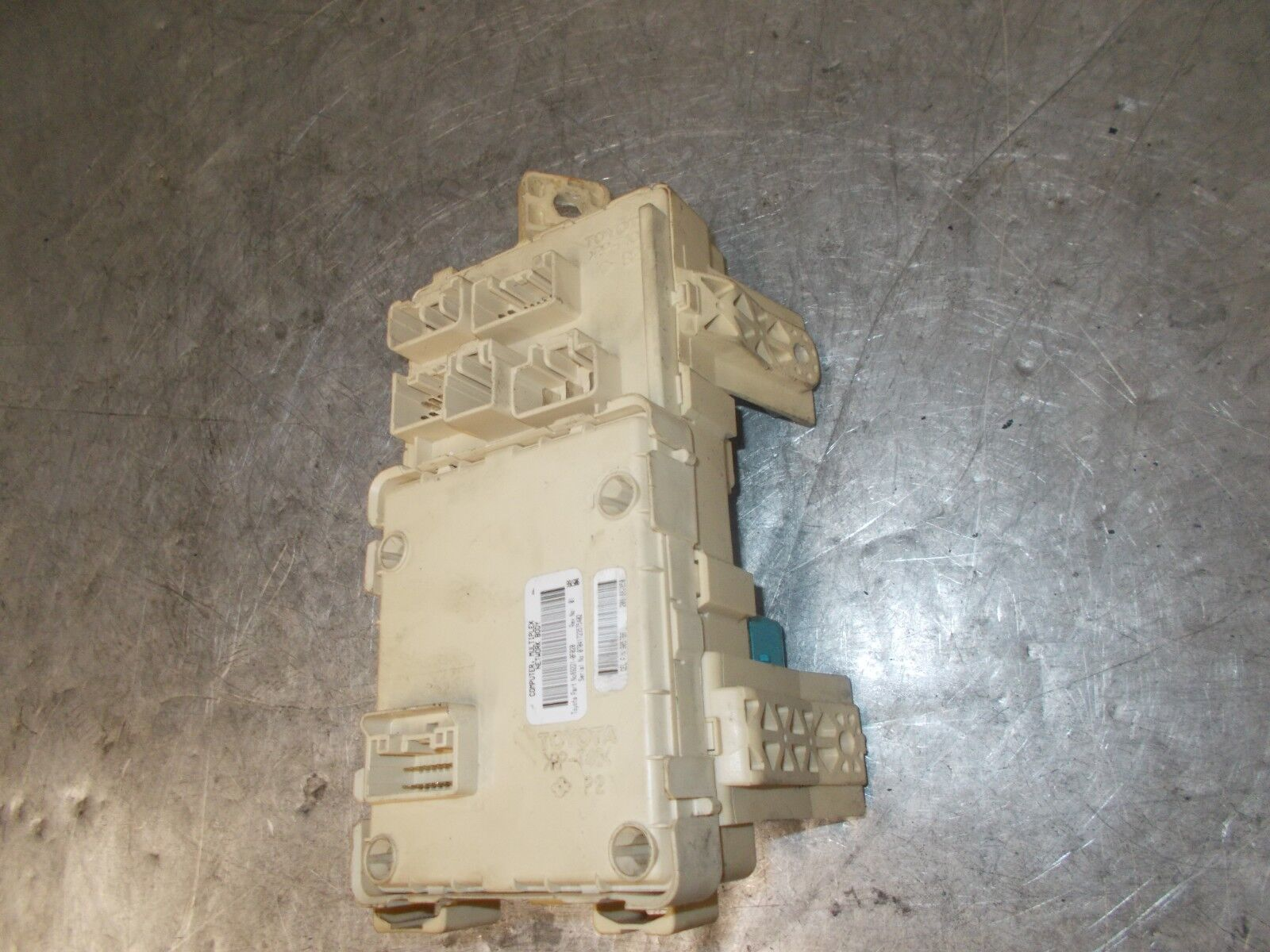 Toyota 892210f020 Ebay Verso Fuse Box Norton Secured Powered By Verisign