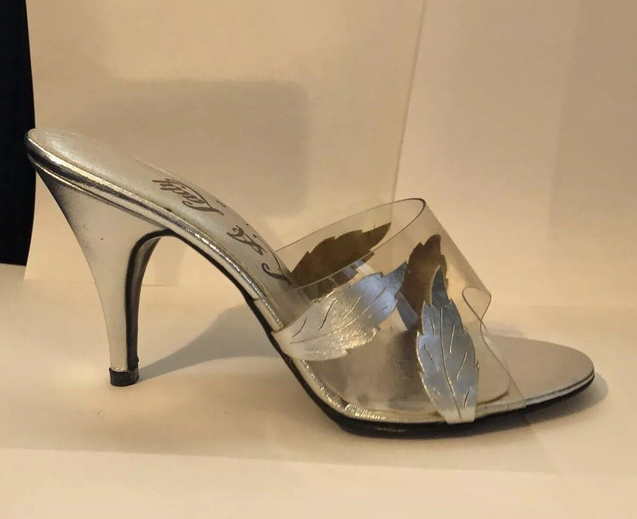 L. A. Lady High Heels Vintage shoes 7 M Silver Open Toe  Preowned