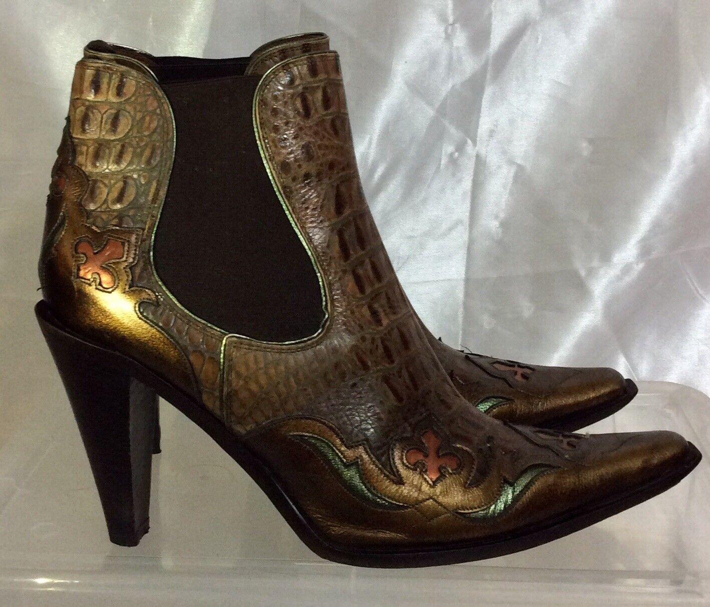 Donald J Pliner Western Couture VISIT Croc Print Leather Ankle Boots Women's 7.5