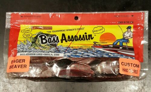 """Bass Assassin 4/"""" Eager Beaver Red Shad Green Glitter 10 COUNT"""
