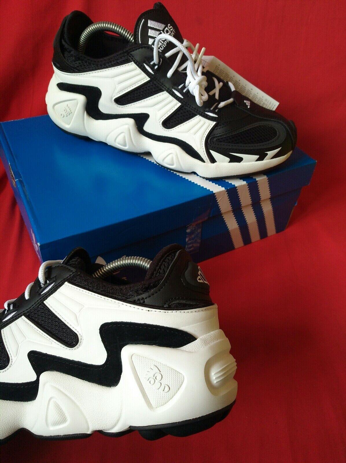 Adidas  legend Größe 9 Originals  authentic 100% torsion system
