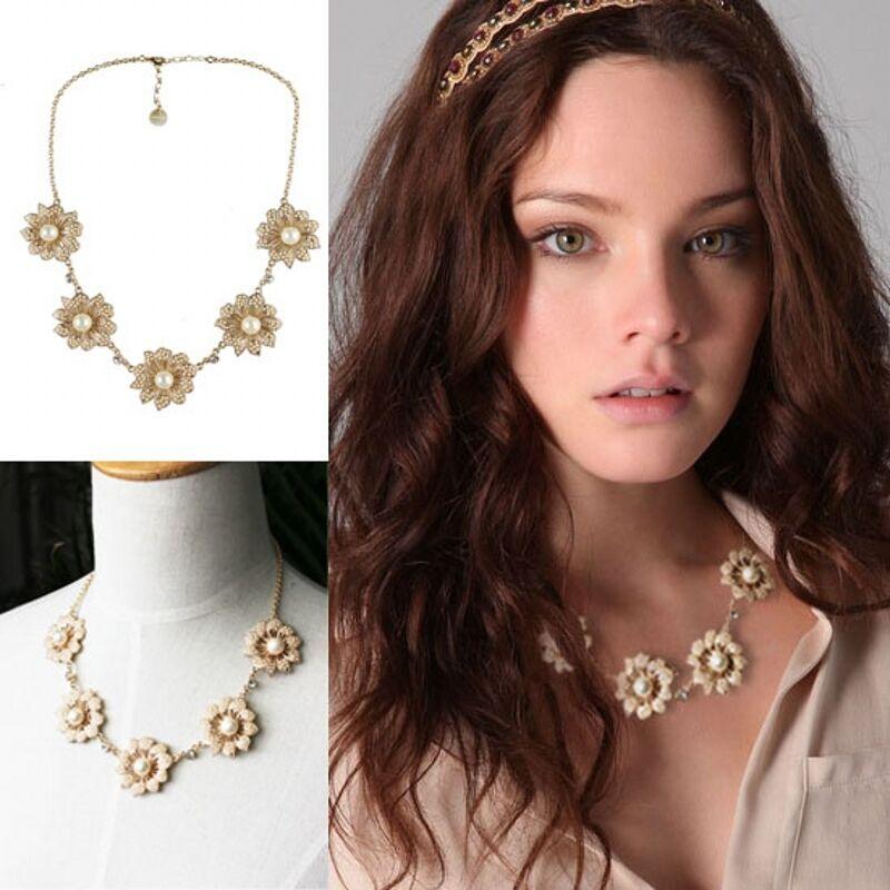Halskette Frau -blueme mini Perlen creme vintage Super hübsch Geschenk Spaß 2