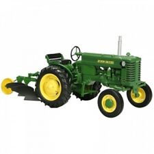 SPECCAST 1/16 John Deere M Tractor w/Two Bottom Plow Highly Detailed