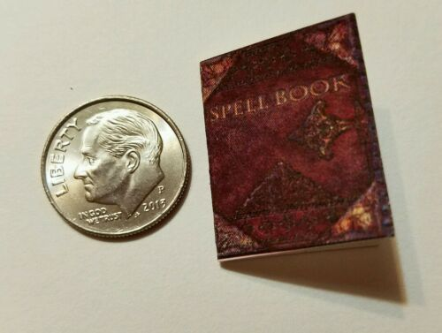 Miniature dollhouse Halloween witch spell book Barbie 1//12 Scale accessories