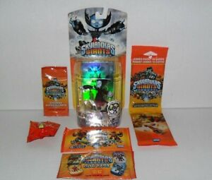 SKYLANDERS-GIANTS-HEX-LIGHTS-UP-amp-TOPPS-TRADING-CARDS-DOG-TAGS-STICKERS-LOT