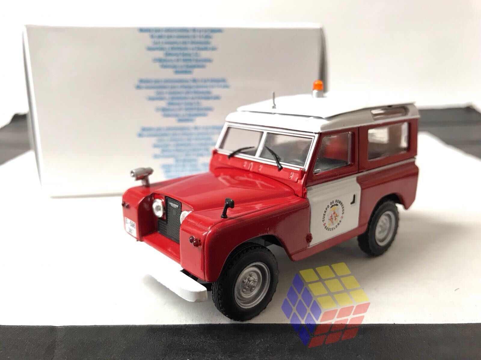 Land Rover II 88 Bomberos - Ciudad de Barcelona (ESPAÑA) - Escala 1 43 -