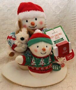 Hallmark Techno Plush 2020 COZY CHRISTMAS SELFIE Singing Animated Snowmen New