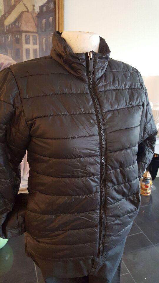 Blandet tøj, Veste. Vinterjakke. Bluser. m.m, Blandet