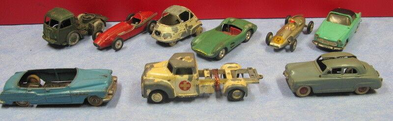 Lot de véhicules miniatures (9) en l'état, réf 290418