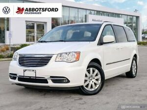 2014 Chrysler Town & Country Touring | No accident | 3.6L V6 | 6.5Touchscreen | Brake Assist | Back-up Camera | Keyless Entry! |