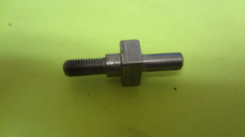 OMC 0913263 913263 Shift Cable Anchor