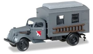 Ford-997-camion-radio-XXI-Armeekorps-der-Wehrmacht-Herpa-Scale-1-87-HO