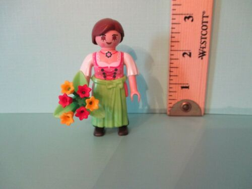 Playmobil SERIES 8 OLD FASHIONED WOMAN IN GREEN APRON new fig orig pkg PM#5597