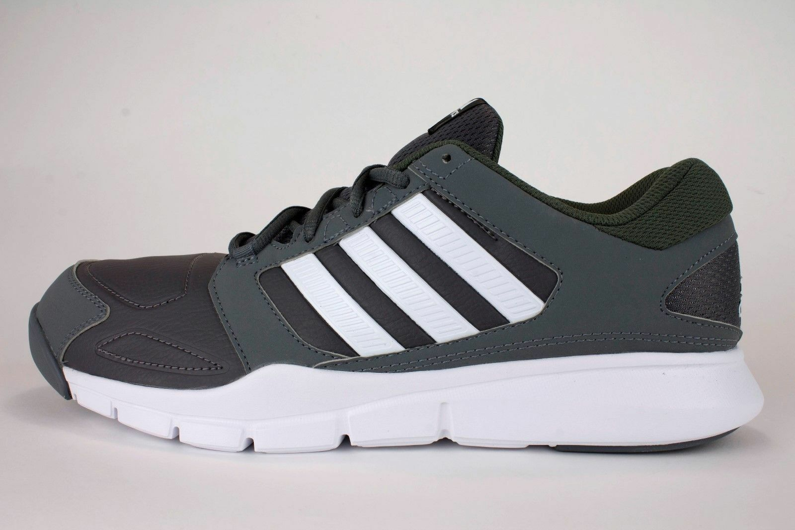 Adidas Men's Essential Star M Running Gym shoes (RRP  .99)
