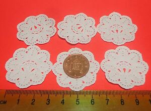 Dettagli su 1:12 scala di 6 CENTRINI DI CARTA PER DOLCI CASA delle Bambole  Accessorio da cucina in miniatura- mostra il titolo originale