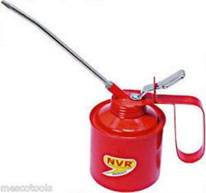 OIL CAN 1/2 PINT for all Lubrication needs of Car, Bikes and Machines/Spares