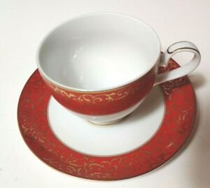 Mikasa-Parchment-Red-Footed-Cup-and-Saucer-Set-Red-and-Gold-Holiday-New