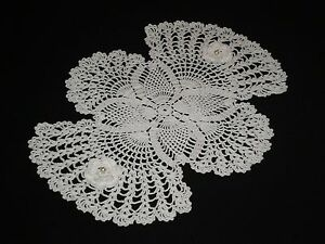 New White Hand Made Doily Crocheted Flowers & Pineapple