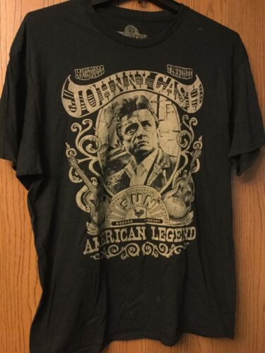 Johnny Cash.   Black Shirt.  XL.