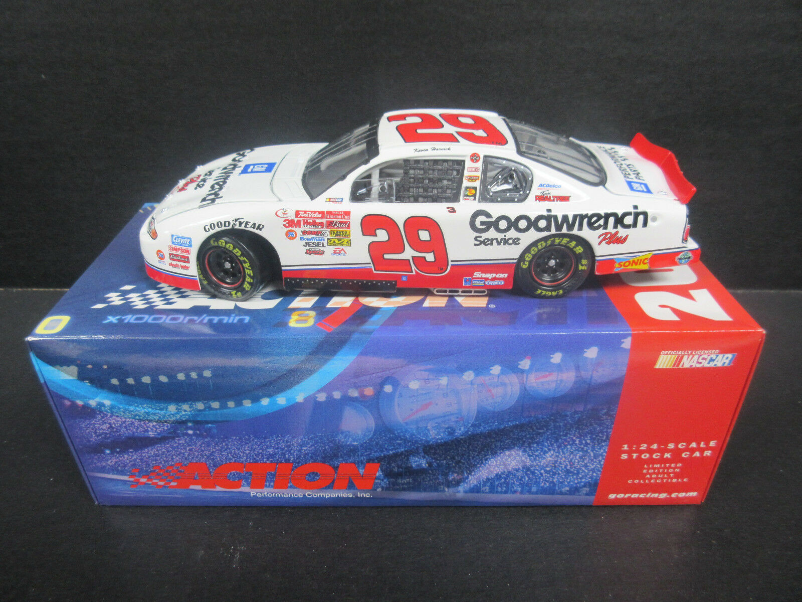 2001 Wirkung GM Goodwrench  29 Kevin Harvick 1 24th Scale Nascar