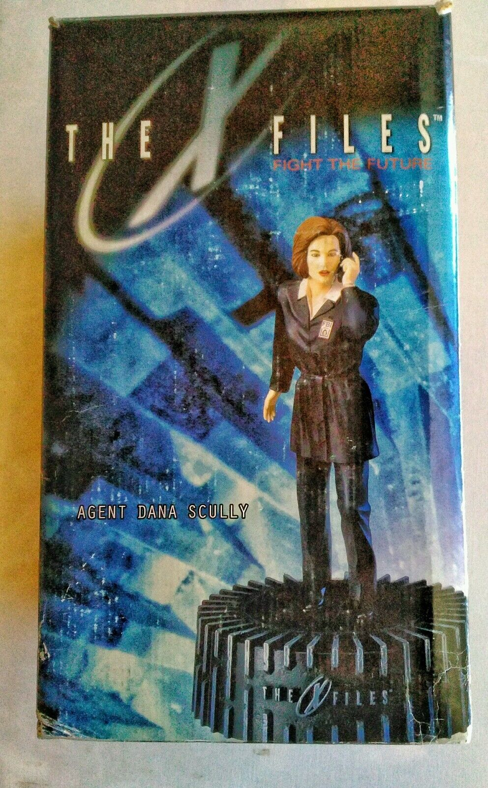 The X-Files Agent Dana Scully Cold-Cast Figurine With Base 12  Carl Surges