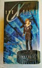 """The X-Files Agent Dana Scully Cold-Cast Figurine With Base 12"""" Carl Surges"""