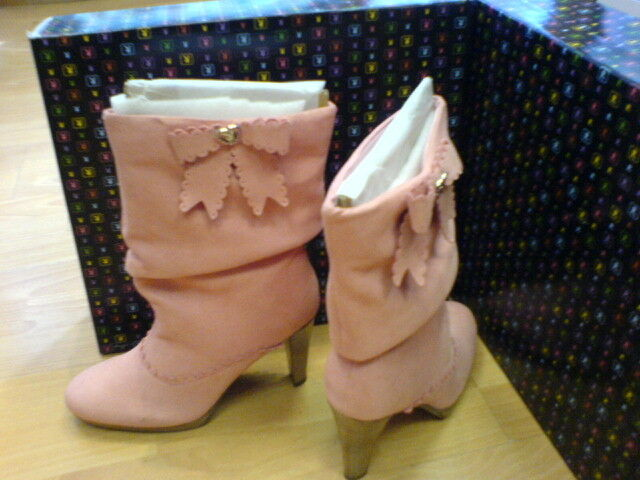 BRAND NEW PLAYBOY WINNIE SUEDE BOOTS PINK   SIZE 5 EURO 38 NEW IN