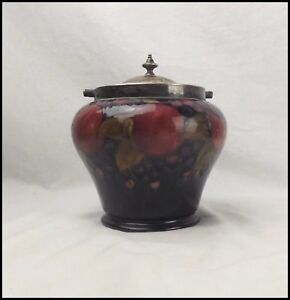 Early-20th-Cenury-Moorcroft-Pomegranate-Biscuit-Barrel
