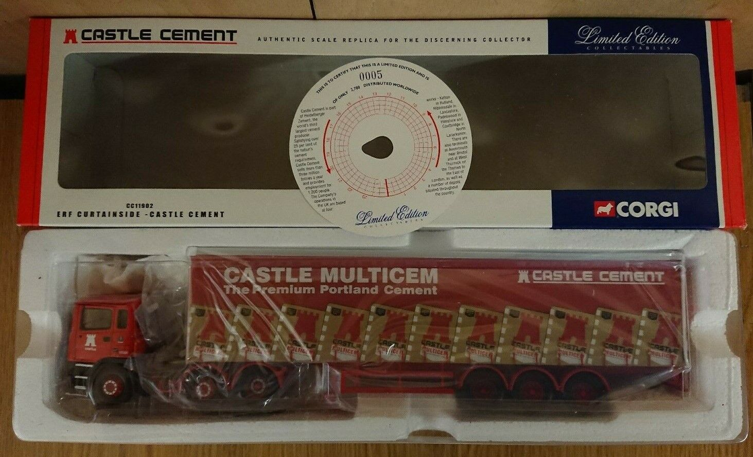 Corgi CC11902 ERF Curtainside Castillo de cemento Ltd Edición No. 0005 de 2700