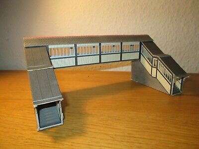 Bene Metcalfe Oo Gauge Ready Built Covered Footbridge Elaborato Finemente
