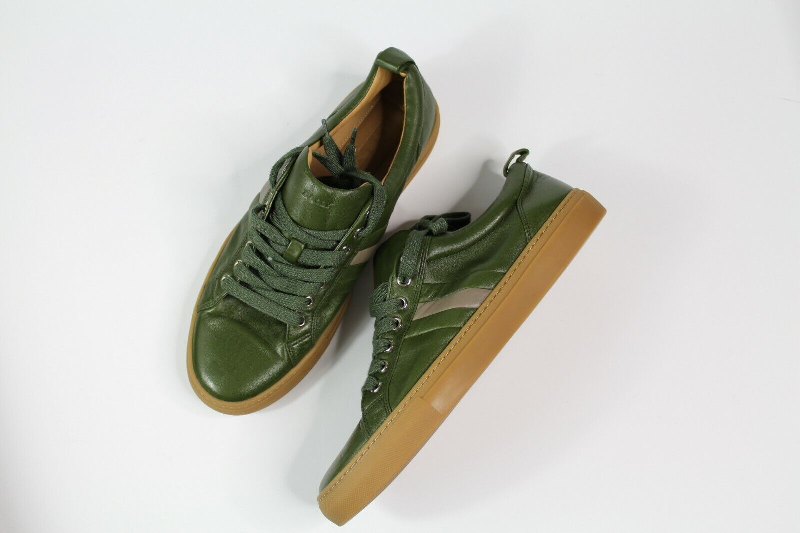 f325a7e3c57287 Authentic Bally Hendris Leather Sneakers Olive Green Men s Stripe Low Sz  9.5. AIR JORDAN 6 RETRO ...