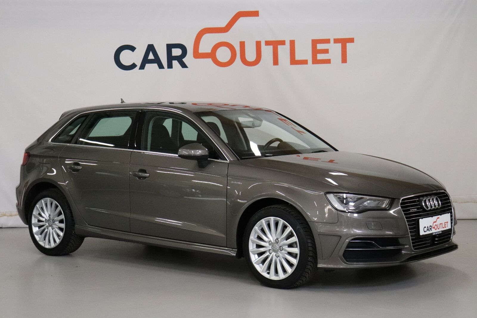 Audi A3 1,4 e-tron Attraction Sportback S-tr.