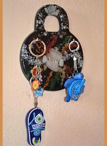 Lock-Shape-key-holder-wall-mounted-key-organizer-with-4-hooks