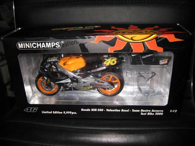 MINICHAMPS 1 12 HONDA NSR 500 TEAM NASTRO AZZURRO V ROSSI 46 2000 TEST BIKE MOTO