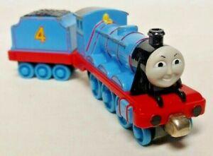 Thomas & Friends Gordon + Tender Diecast Metal Train Take n Play Along 2002