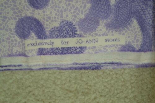 """Purple Paisley on Lavender Flannel By-the-Half-Yard 42/"""" Wide A109"""