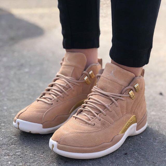 Nike air jordan oro 12 xii retrò vachetta tan oro jordan bianco ao6068-203 6,5 scarpe femminili 9e73e1