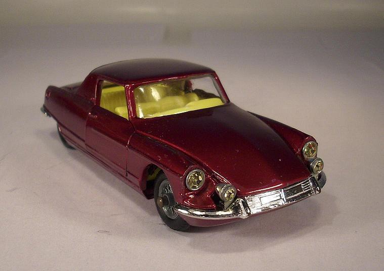 Corgi Toys 259 Citroen Le Dandy Coupe Henri Chapron Body on DS Chassis Nr.1  036  | Ab dem neuesten Modell