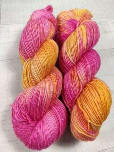 FUCHSIA DUCK 2706 Handgefärbte GLITZER Sockenwolle 4 fach 100 g