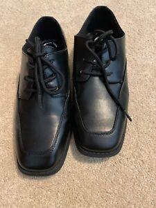 Sonoma Black Big Kids Dress Shoes. 5M