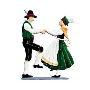 Dance-Couple-1-made-of-pewter-Wilhelm-Schweizer