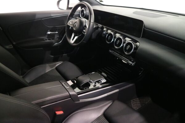 Mercedes A200 1,3 Progressive Line aut. billede 15