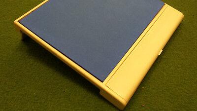 Affidabile Mouse Stage Perfetto Per Ozioso Utilizzo Delle Loro Mouse Sopra La Tastiera- Stile (In) Alla Moda;