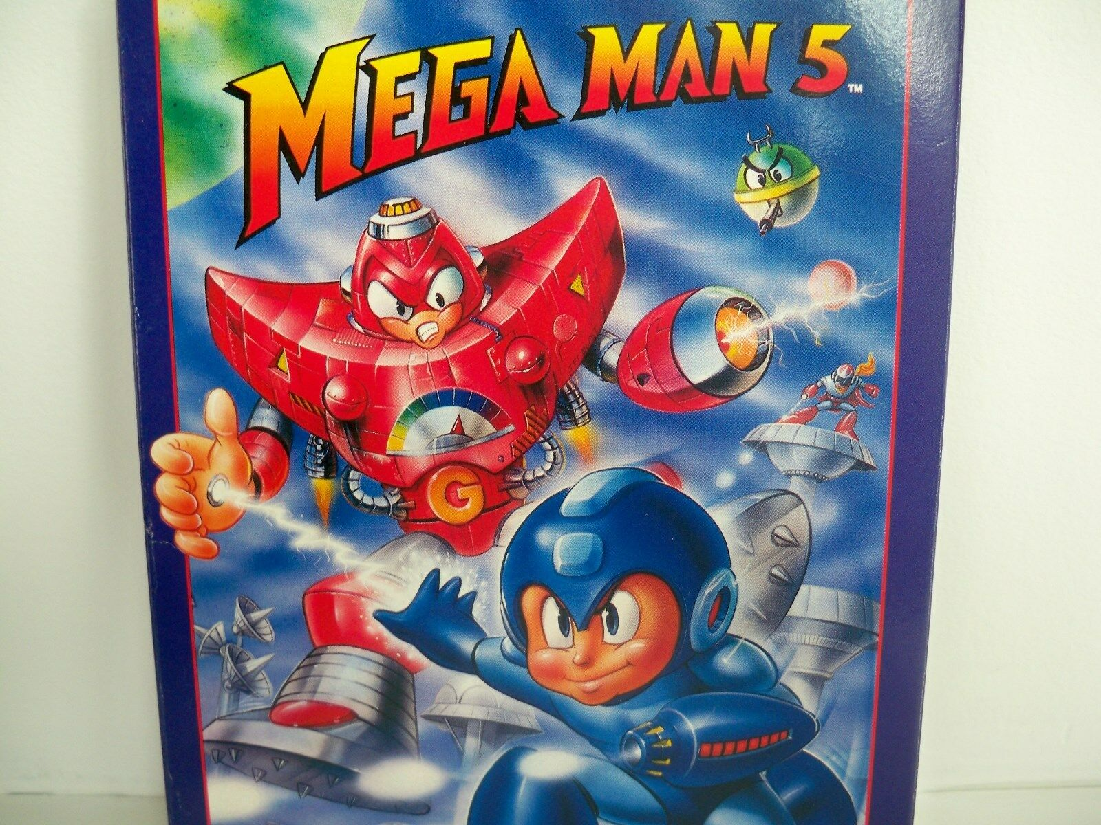 D0503122 MEGA MAN 5 NES 100% 100% 100% WORKING BOX PLASTIC CASE DUST COVER 45c4b8