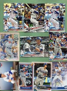 Cody-Bellinger-Los-Angeles-Dodgers-21-Card-lot-w-Rookie-amp-Inserts