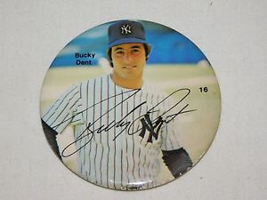 VINTAGE-3-034-BUCKY-DENT-NEW-YORK-YANKEES-BASEBALL-PLAYER-PINBACK-BUTTON